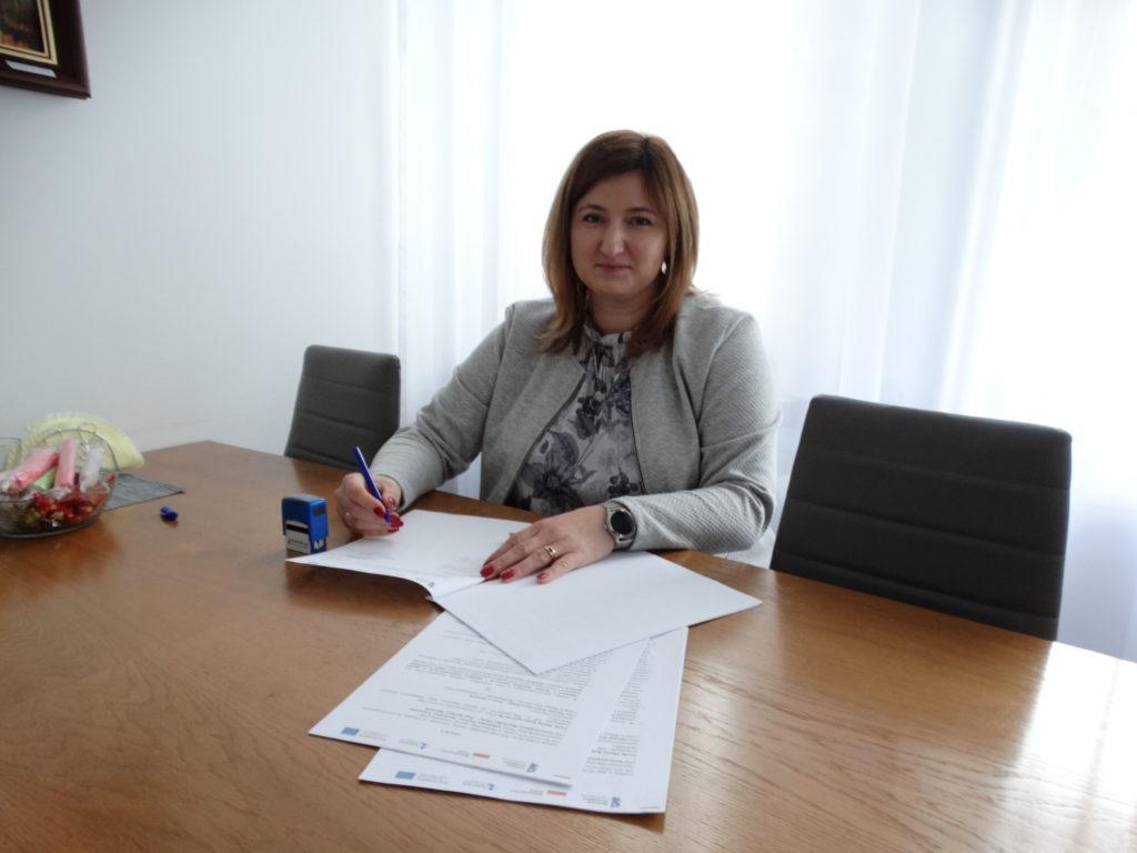 podpisanie umowy Burmistrz